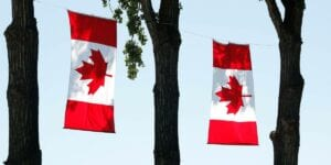 Image showing this topic: Tips for new Canadians to build good credit