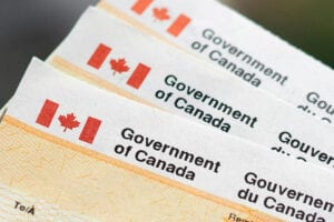 Canada Government Benefit Cheques to Stimulate Economy During Covid-19 Pandemic B